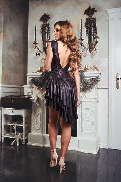 rochie cu spatele decupat