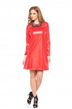 rochie rosie piele