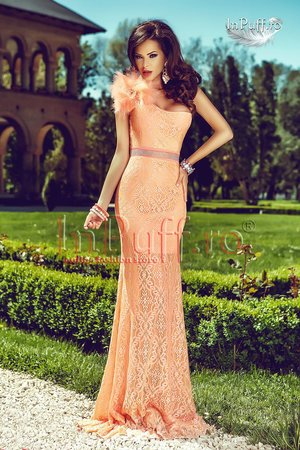 rochie lunga din dantela