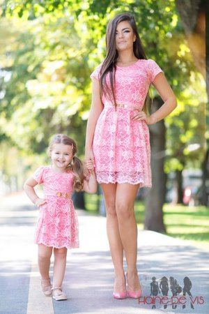 rochii roz mama fiica
