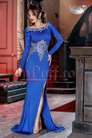 rochie lunga albastra cu broderie