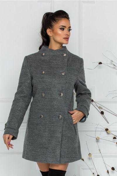 palton cu nasturi