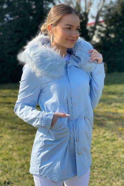 geaca albastra