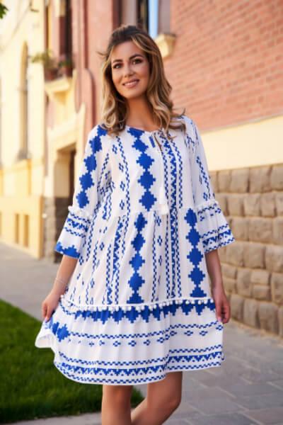 rochie cu imprimeuri grafice