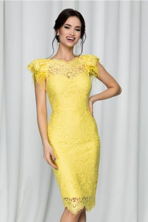 rochie galbena din dantela