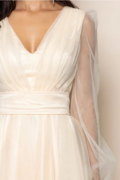 rochie maneci lungi transparente