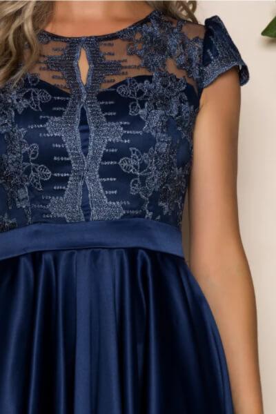 rochie seducatoare si inedita