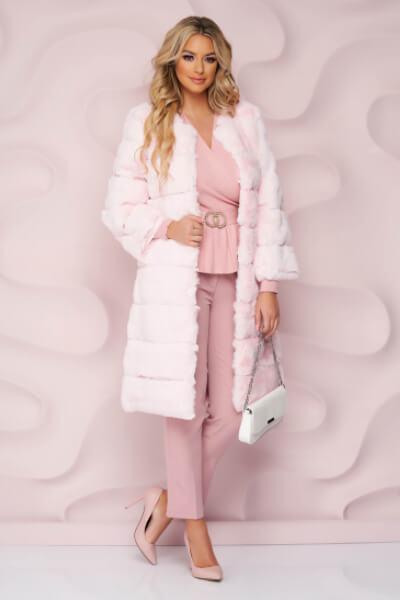 blana roz deschis dama iarna